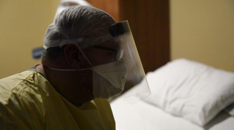 Por no vacunarse hospitalizaciones y muertes por variante Delta de Covid-19 en 3 estados de EU