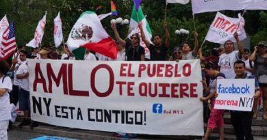 """Al estilo de los """"conservadores"""" Morena recibirá en forma apoteótica a Obrador en Nueva York"""